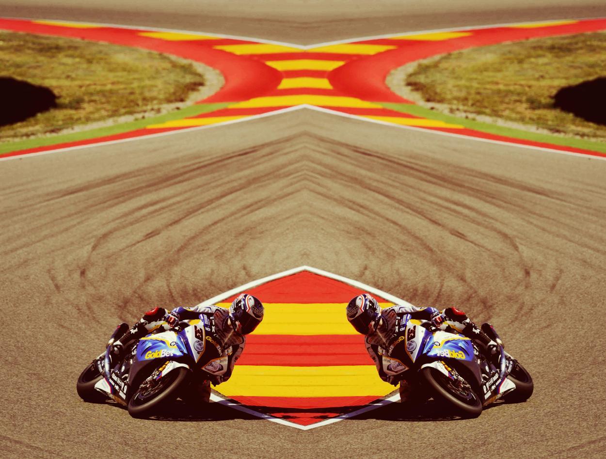 Spidi rider Marco Melandri smooth over Aragon track. Don't lose tomorrow WSBK Round.