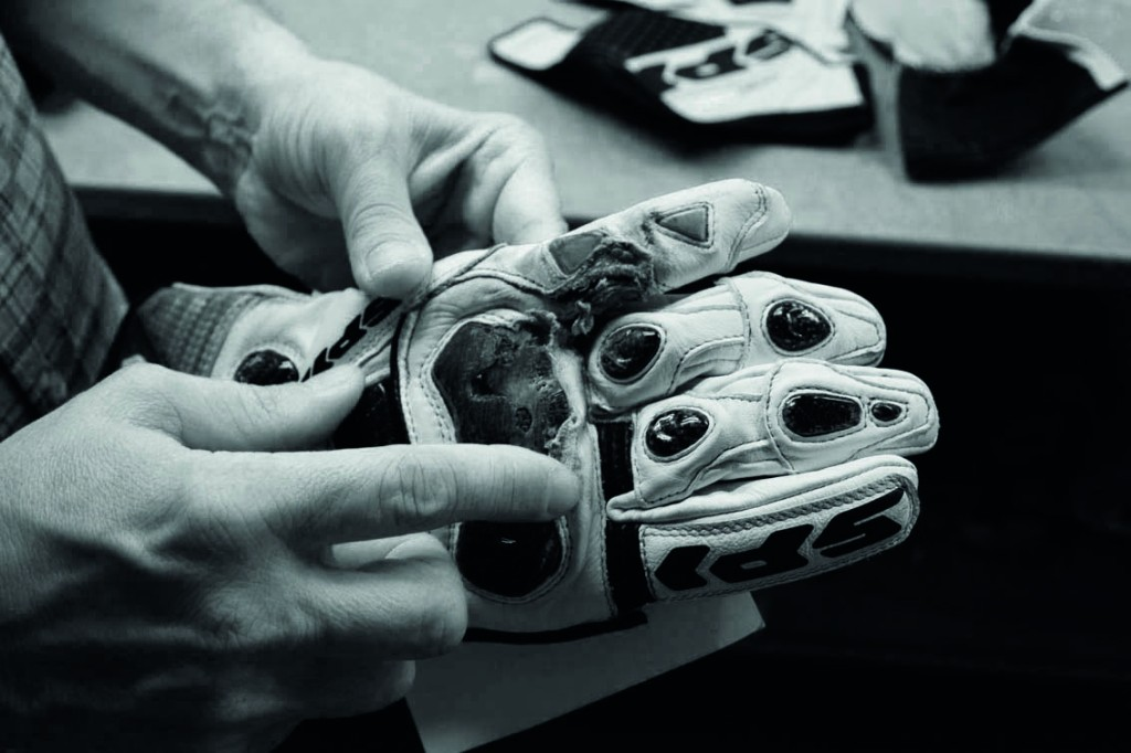 In SPIDI we analyze all the crashed leathersuits, gloves and boots, to build an up to date inventory of tested solutions.